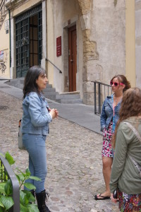 Expert Guide, Elisabete Mesquita, with group from America in Coimbra